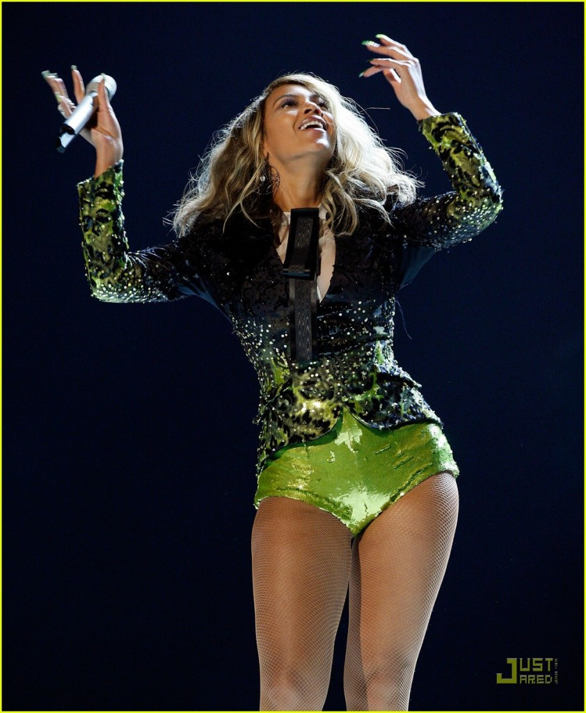 beyonce-buttcrack-07