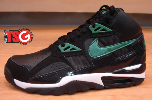 New Nike Bo Jackson Shoes http://freddyo.com/new-nike-air-trainer-sc-bo-jackson/sneakers/