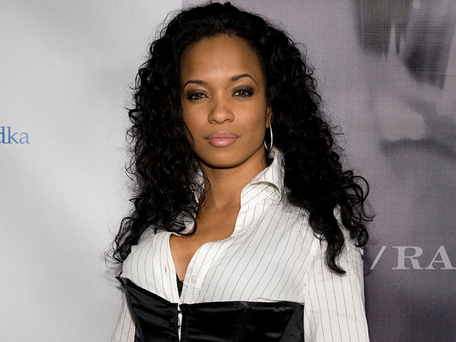 99274_karrine-steffans-on-the-record-about-her-vixen-past-july-21-2009