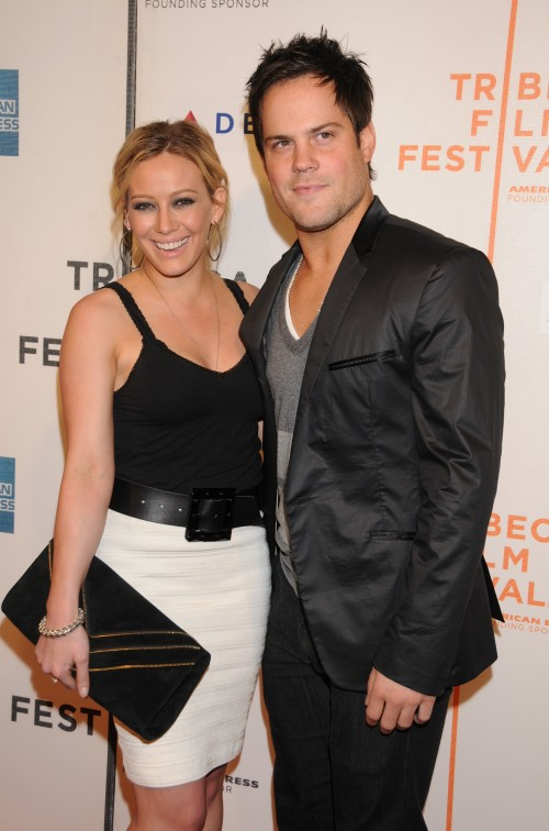 Return To: Hilary Duff Pregnant With First Child ?