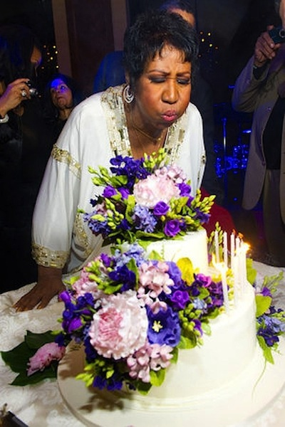 slideshow_1002117374_Aretha_Franklin_s_Birthday_(6)