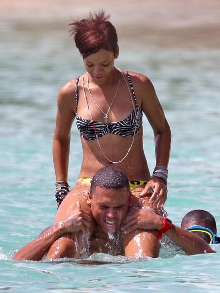 new rihanna pictures chris brown. d150f_rihanna-chris-rown-