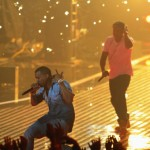 Man Runs Onstage During Jay-Z & Kanye VMA Performance