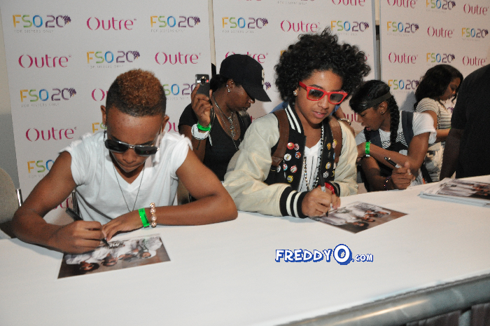 Mindless Behavior FSO 2011 DSC_0861