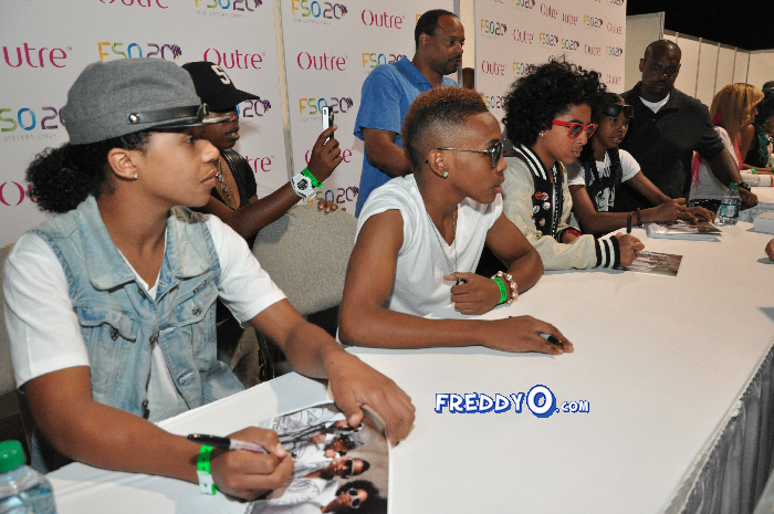 Mindless Behavior FSO 2011 DSC_0864