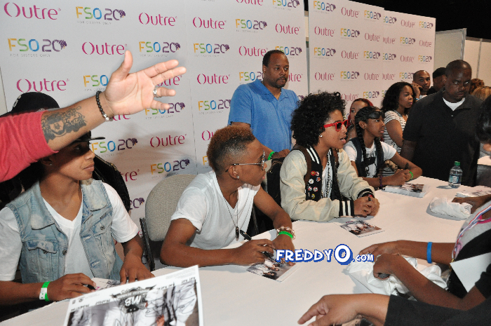 Mindless Behavior FSO 2011 DSC_0875