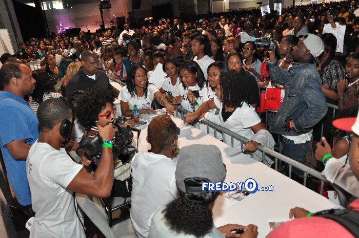 Mindless Behavior FSO 2011 DSC_0882