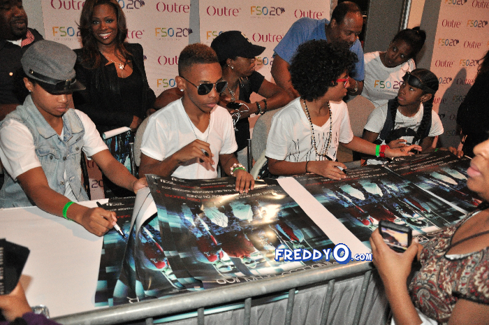 Mindless Behavior FSO 2011 DSC_0985