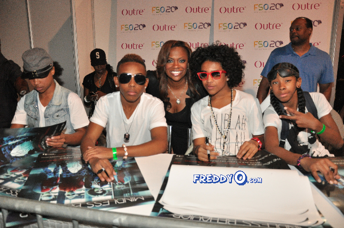 Mindless Behavior FSO 2011 DSC_0990