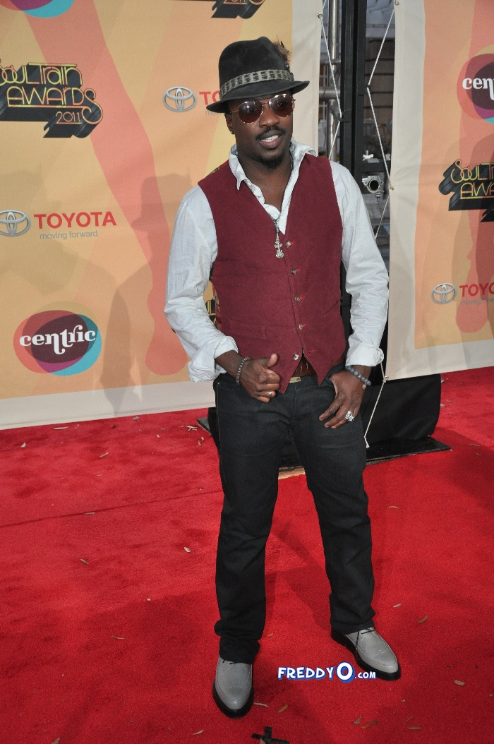 Soul Train Awards 2011 Red Carpet Photos DSC_0845