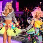 Nicki Minaj Performs 'Super Bass' 2011 Victoria's Secret Fashion Show Live {Videos}