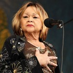 Singer Etta James, 73, Dies of Leukemia Complications