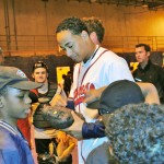 Jair Jurrjens signs glove