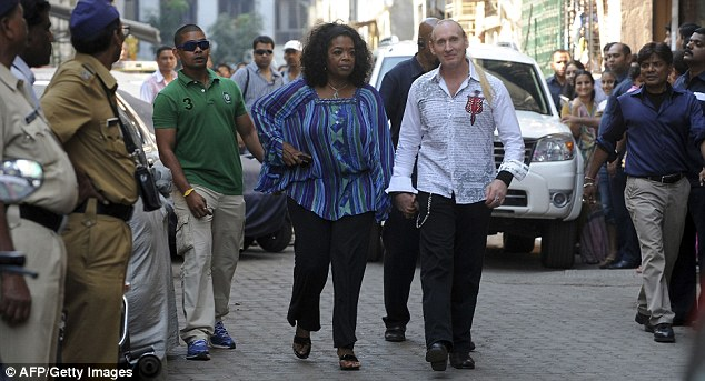 oprah-winfreys-bodyguards-start-trouble-in-india675