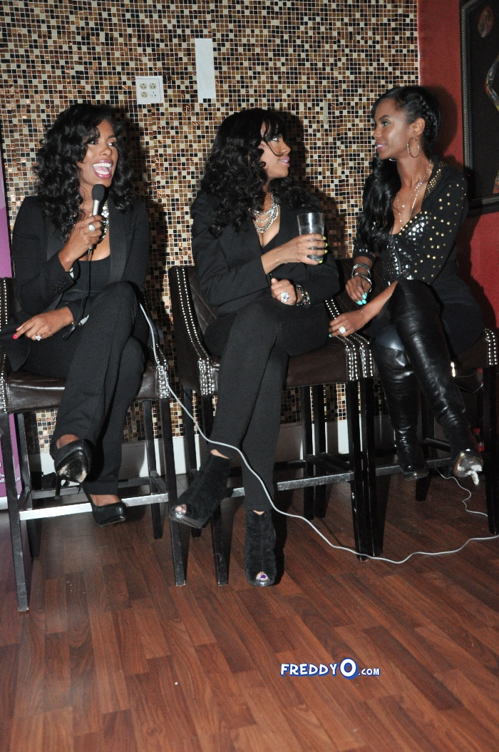 The event was an intimate conversation with: Actress/Designer Kim Porter, Media Personality/Blogger Eboni Elektra, and CEO of Sam Cooke Estate Nicole Johnson.DSC_0433