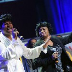 fantasia-barrino-and-mom-in-400x295
