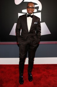 kanye-wins-whitney-celebrated-at-54th-grammy-awards34412