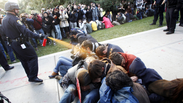 occupy_pepper_spray_ap111118053177_fullwidth_620x3501