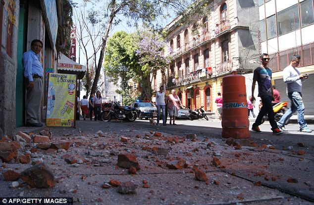 Mexico-earthquake-7-4-magnitude-quake-hits-Oaxaca-Mexico-City34