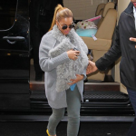 {Photos} Beyonce, Tina & Blue Ivy, Spotted In NYC : Beyoncé Launches New Summer Fragrance