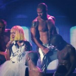 nicki-minaj-addresses-fan-murder1