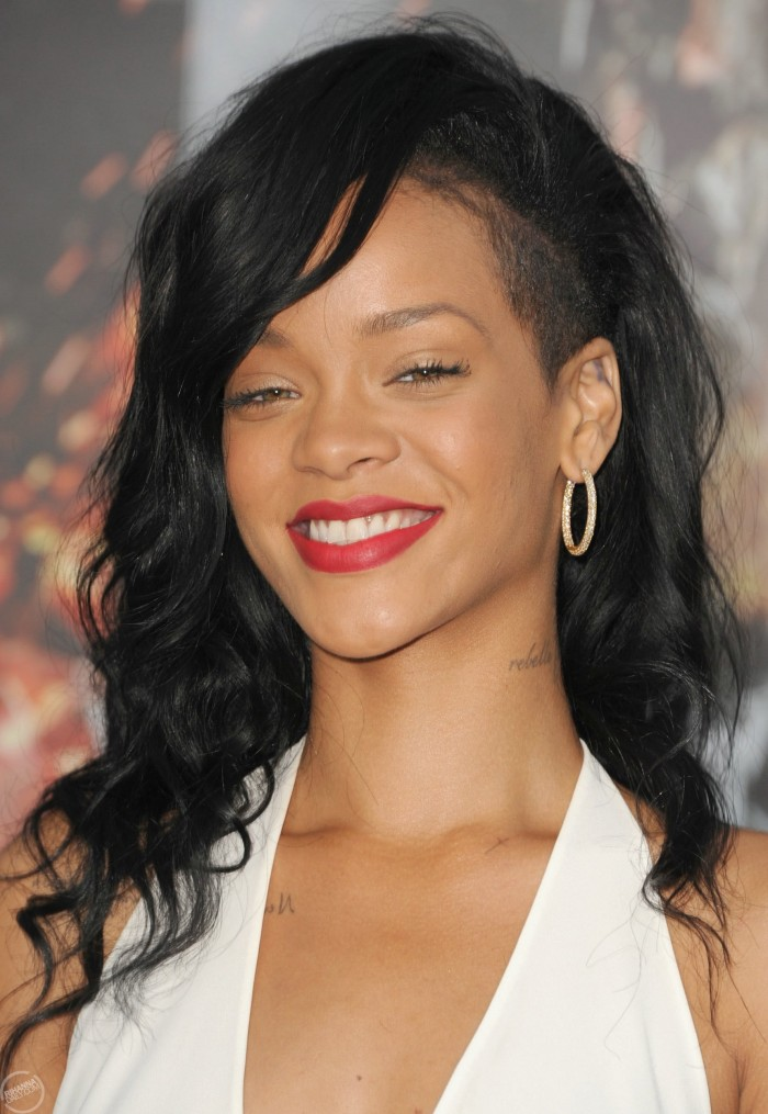 rihanna-confirms-new-fashion-line-photos-battleship-la-premiere11