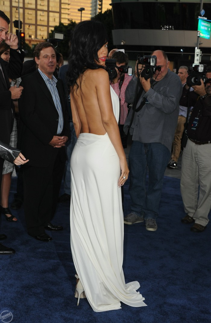 rihanna-confirms-new-fashion-line-photos-battleship-la-premiere1112