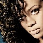 rihanna-performs-on-saturday-night-live-with-special-guest-eli-manning34
