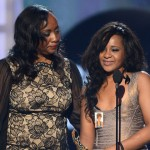 whitney-receives-billboards-millennium-award-tribute-photos-bobbi-kristina-pat-houston-nick-gordon246