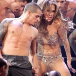 622-J.-Lo-Casper-Smart-using-jlo-gay-500x375