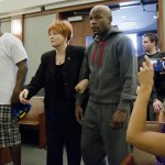 floyd-mayweather-jr-locked-up-in-vegas-jail-cell-for-3-months-50-cent-by-his-side2