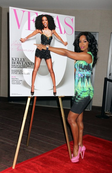 photos-kelly-rowland-lala-anthony-spotted-at-vegas-magazine-9th-aniv-party-in-las-vegas3545