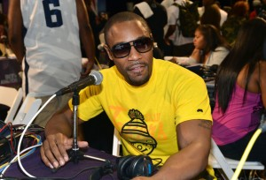 photos-the-2012-bet-awards-radio-room-ford-gifting-suite2435465