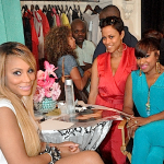 toya-tamar-takes-over-garb-boutique-durning-the-2012-essence-fest