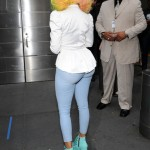 nicki-minaj-arrives-at -american-idol-set-as-judge3