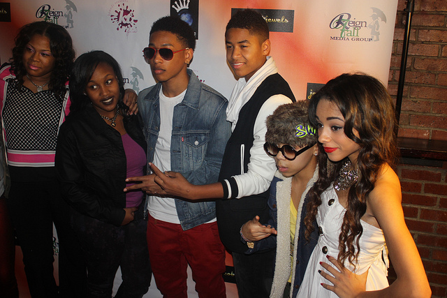Sensational Jacob Latimores Celebrity Kid Day Party Brings Out The Omg Girzls Short Hairstyles Gunalazisus