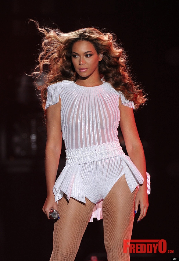 beyonce-mrs-carter-show-tour-photos32