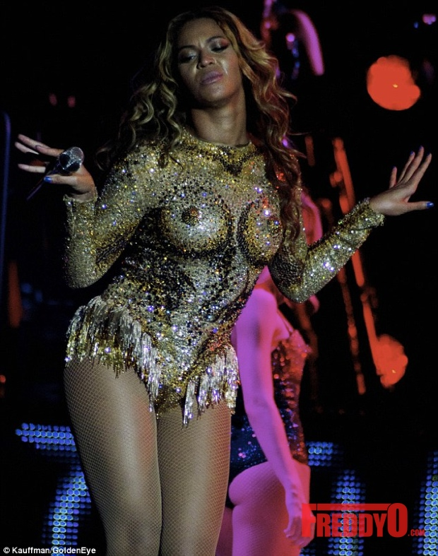 beyonce-mrs-carter-show-tour-photos324