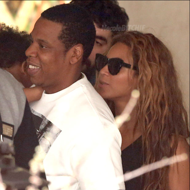 The-Carters-Having-Lunch
