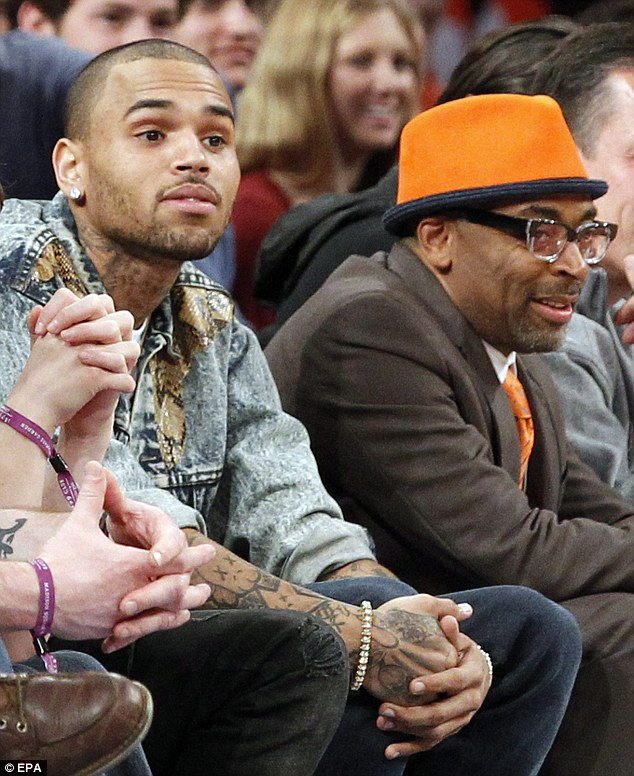 chris-brown-tells-drake-to-come-out-the-closet4