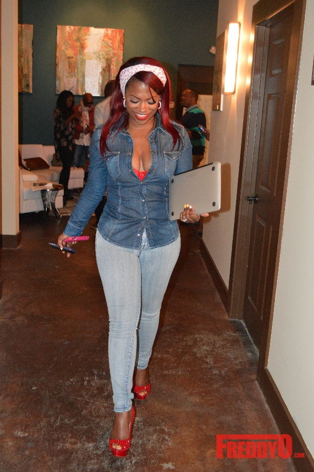 kandi-burruss-holds-post-tweet-talks-at-the-kandi-factory2313