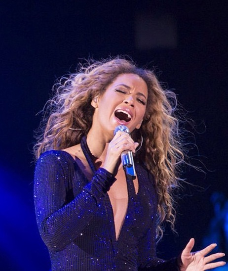 Beyonce-in-concert-Belgium-3