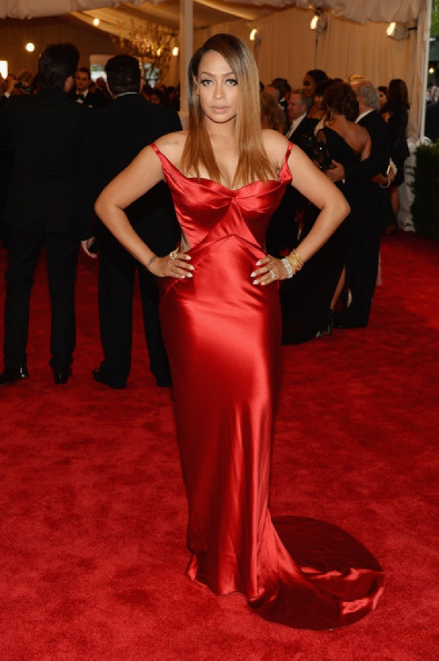 Beyoncemet-gala-2013-red-carpet-photos24213