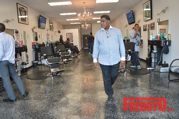 nene-leakes-husband-gregg-opens-the-1-st-of-his-new-barber-shop-chainDSC_0637