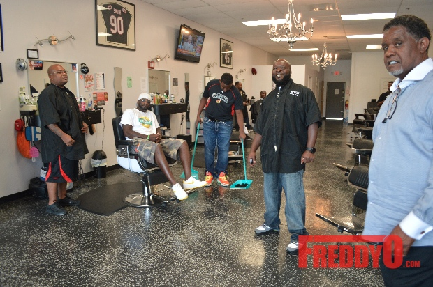 nene-leakes-husband-gregg-opens-the-1-st-of-his-new-barber-shop-chainDSC_0659