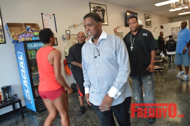 nene-leakes-husband-gregg-opens-the-1-st-of-his-new-barber-shop-chainDSC_0690