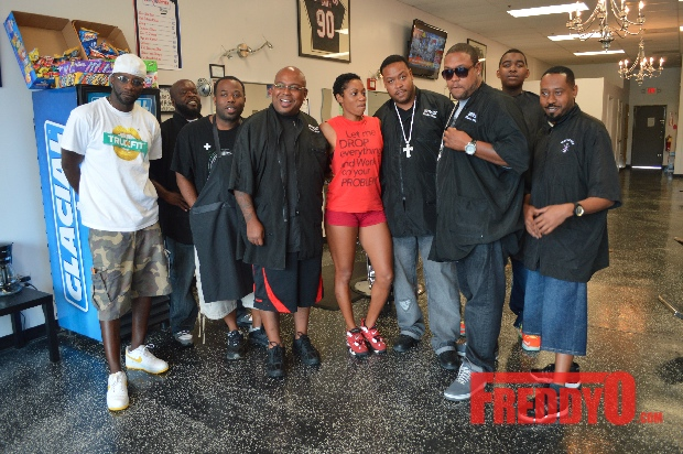 nene-leakes-husband-gregg-opens-the-1-st-of-his-new-barber-shop-chainDSC_0691