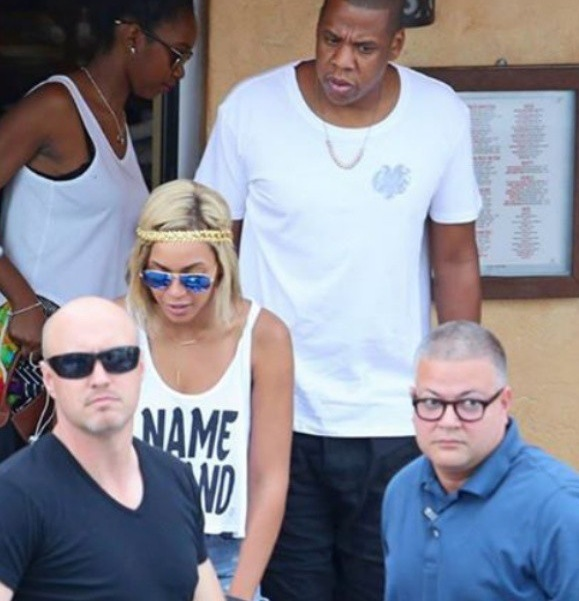 Bodyguard to Jay Z & Other Celebs Dead After Being Tasered