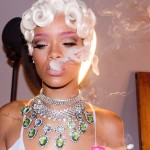Behind the Scenes: Rihanna All Dolled Up – 'Pour It Up' Video