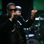 Juicy J Makes it Rain on The Arsenio Hall Show and Talks about Three 6 Mafia  Reunion